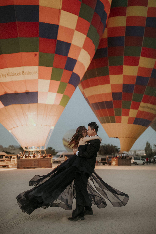 Elopement In Cappadocia Kelvin & Jinyuan White On Black Studio Wedding Photography (2)