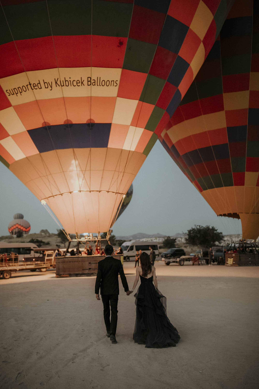 Elopement In Cappadocia Kelvin & Jinyuan White On Black Studio Wedding Photography (4)